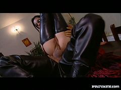 Voracious MILF with gorgeous body is into kinky cosplay. She and her partner are wearing leather costumes. They fuck hard in various sex positions performing steamy anal sex scene.