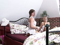 Silvia Saint and Stacy Silver get satisfaction in steamy lesbian action