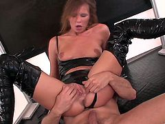 Hot Pornstar In Leather Outfit Gets Her Pussy Fucked Hard