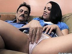Kristina Rose gets heavily fucked in her mouth by lucky man