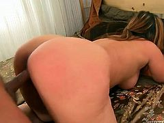This mature woman is the boss when it comes to sex. She fucks her lover on top. Then he fucks her thick pussy doggy style.