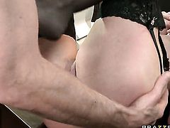 Jordan Ash wants to fuck naughty Taylor Wanes wet slit forever