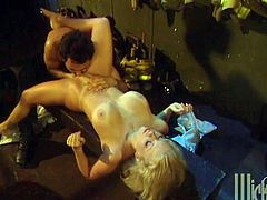 Take a look at this hardcore scene where the slutty Jenna Jameson is nailed by a horny guy as you hear this blonde's moans.