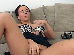 It's amazing how sleazy beauty knows finger fucking her juicy twat in this appealing solo masturbation show