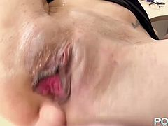 Sex-starved office whore gives hot blowjob to her boss