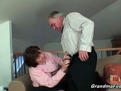 This granny can still be courted and she's not that pretentious as she was when she was young. An old man brigs her a flower and she sucks on his cock for his nice gesture.