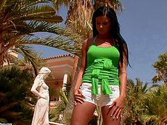 Watch Ashley Bulgari getting really wet in this hot solo scene where you'll be able to see this brunette's amazing body as she fingers herself outdoors.