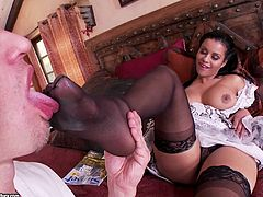 Curvy brunette Mary Jean lets a dude lick her toes. Then she gives him a footjob and they fuck in the cowgirl pose.
