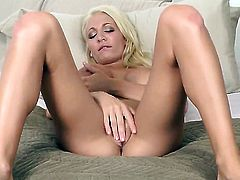 Devon Alexis with juicy melons and shaved twat howls as she fucks herself with fingers
