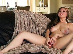 Jessi June with juicy melons and bald beaver goes solo for cam