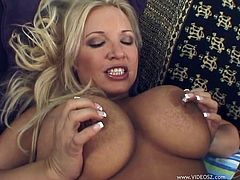 The gorgeous MILF Rachel Love gets her huge juicy boobs bouncing up and down as she rides a big hard cock cowgirl style.