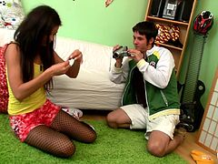 Say hi to Kiki, a brunette teen, who invites guys over her place and becomes very intimate. Kiki´s new boyfriend loves to film her delicious butt and taste her skin. The black fishnet stockings, she´s wearing, are a huge turn on. Click, to watch the cheeky teen with small tits sucking dick on knees. Enjoy!