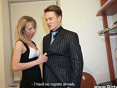 Curvy Blonde Amateur Yelling As She Is Screwed Doggystyle