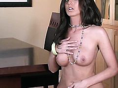 Paxton Lane cant live a day without toying her muff pie