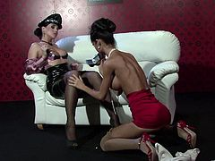 Pres play on this hot lesbian scene and watch these horny ladies pleasing one another with the help of vibrators.