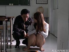 Sexy chick Yuki Kami gets her juicy pussy hammered by an Asian cock in orgasm. This college hottie loves to blowjob the dick deepthroat and face fucking.