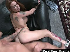 Alternative hot chick Scarlett Pain hardcore fuck