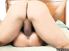 Teen Tanner Mayes shows her cock sucking skills