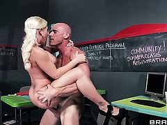 Sammie Spades and horny dude Johnny Sins are in the mood for anal sex after deep throat job