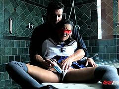 Watch the beautiful Skin Diamond being masturbated while blindfolded. Check out how this ebony babe sucks on this guy's thick cock before being fucked in a bathroom.
