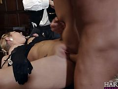 Skanky chick Lexi Lowe takes part in MMF threesome