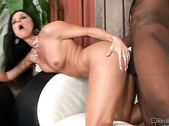 India Summer gets a mouthful of sticky nectar after blowing Jon Jons schlong