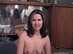 Salacious mom Alexis Scott shows her body to a guy and gives him a blwojob. After that they fuck doggy style and have anal sex in the reverse cowgirl pose.