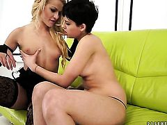 Blonde gets her love hole attacked by Chary Kisss tongue