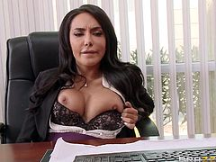 A brunette bitch returns in her office and begins to play dirty with herself. To her surprise, she finds the computer engineer hiding under the table. After chatting, they undress very quickly. Lela is sensual when squeezing her nipples, showing off her big tits or rubbing her shaved pussy, too. See her fucked!