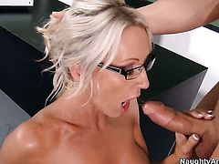 Giovanni Francesco has unthinkable sex with Emma Starr
