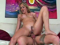 Take a look at this hardcore scene where the slutty blonde Alana Evans sucks on a big cock before being nailed by this horny guy.