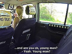 Beautiful Girl Gets Fucked in a Taxi E6