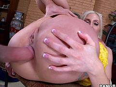 Christie Stevens takes the huge cock in her mouth for a hot blowjob. Her pussy and anal hole gets fucked hardcore with a cum in the mouth.