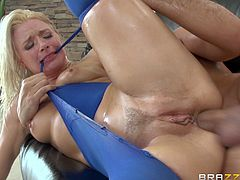 Anikka Albrite takes the huge cock in her mouth for a hot blowjob deep throat. Her pussy gets fucked hardcore with a cumshot in the mouth.