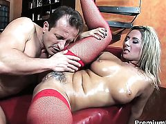 Daria Glower takes a dream shower in cumshot action
