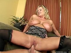 Horny Masturbating Milf Rachel Love in Stockings with Natural Tits gets her pussy Drilled Missionary after Handjob and Ball Licking