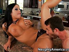 Angelica Heart with phat ass and bald beaver makes her anal dreams a reality with hot guyJordan Ash
