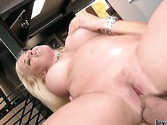 Hot doll Angel Vain loves getting her face slammed by hot fellow