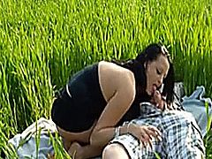 BBW great fuck on the grass.