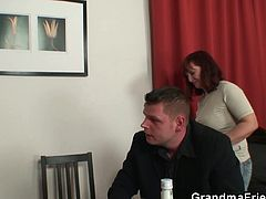 Strip poker leads to hard threesomeRed head mom in threeway strip poker. She enjoys getting drunk and getting fucked by these young cocks all around her and she is giving it all to their cravings.