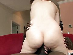 Violet Monroe is in heat in cumshot sex action