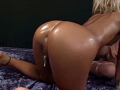 Visit official Erito AV Stars's HomepageAppealing babe with amazing nude forms enjoys rough sex deep in her cramped Asian pussy during raw porn show