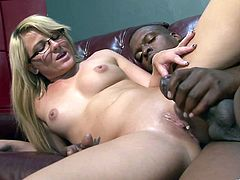 Sensual blonde cowgirl with natural tits and long hair getting her pussy licked before giving a sensational blow in a wild interracial