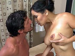 Super hot Asian babe with stacked body performs awesome BJ in massage parlor