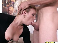 Jordan Ash explores the depth of unthinkably sexy Stars throat with his rod