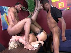 A couple of black studs fuck one mature blond whore Simone Sonay on office table