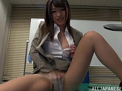 The sexy Japanese babe in the video masturbates in the office and succeeds in driving crazy her boss, who cannot help noticing her sensual presence. Click to see the exotic slutty beauty, rising her miniskirt and rubbing her pussy. Her panties really turn on the guy, who takes her close on his lap. Watch!
