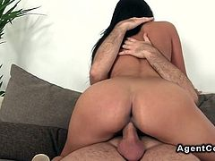 Big booty Russian babe fucking on casting