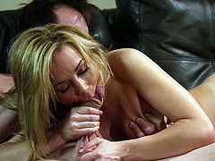 Marvelous pornstar getting cozy with her babes then awarding him with blowjob before enjoying her juicy pussy being driled hardcore