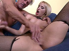 Dazzling young cowgirl in stocking yelling while her anal is drilled hardcore